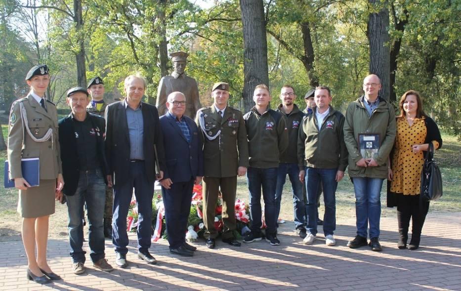 Odsłonięto pomnik dowódcy Powstania Wielkopolskiego gen. Józefa Dowbora-Muśnickiego