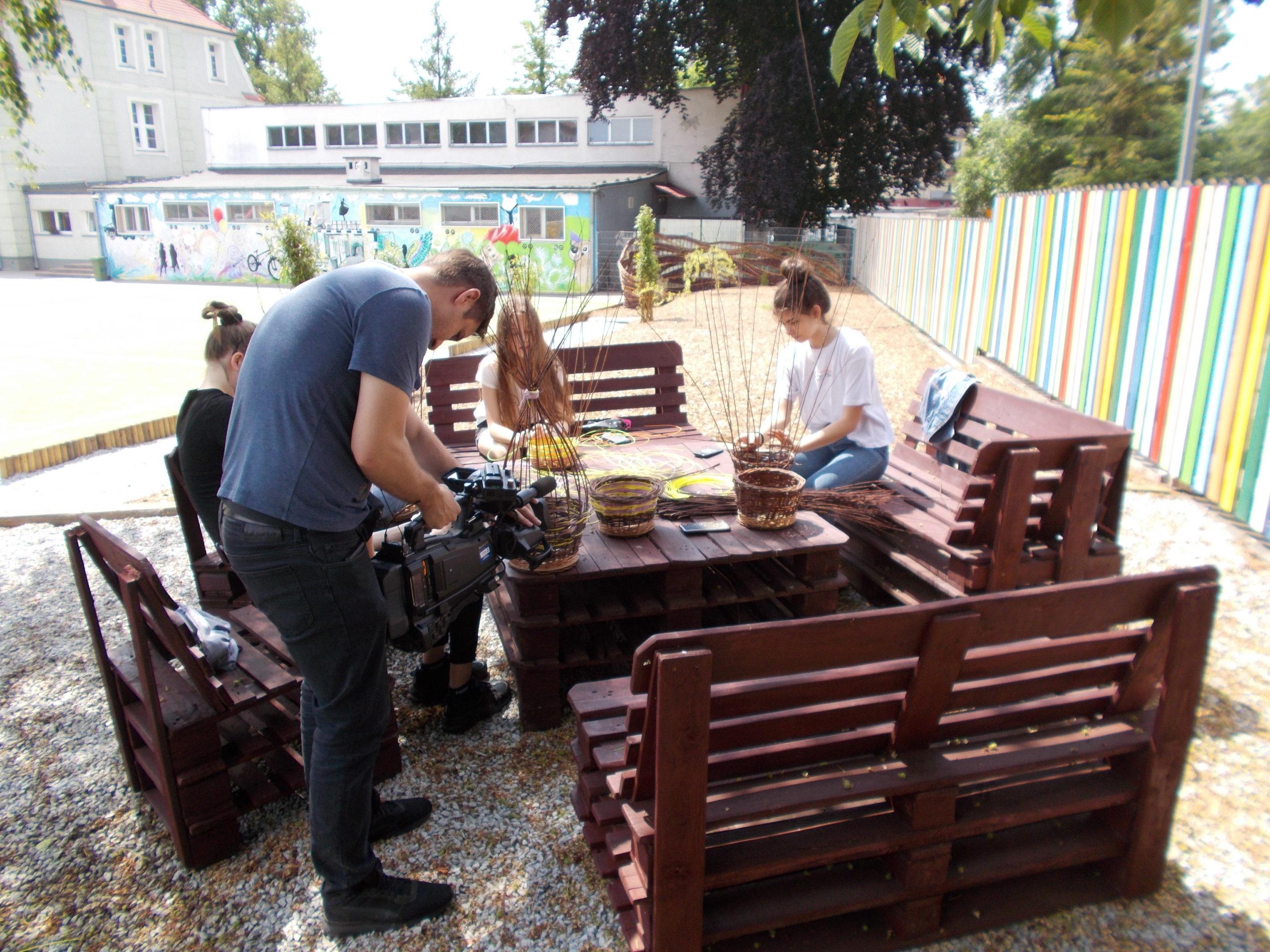 Grupa Nieformalna przy Stowarzyszeniu Rodzin Katolickich w Międzyrzeczu kończy zajęcia projektowe związane z wikliniarstwem